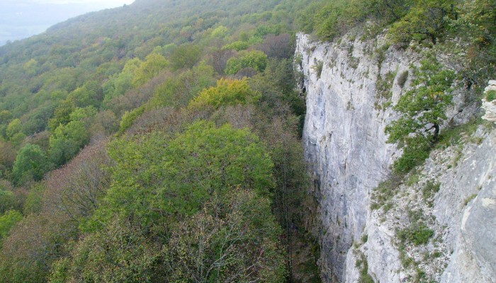 pays-alesia-seine-auxois-haute-roche-hauteroche-escalade-varape-roches-700x400